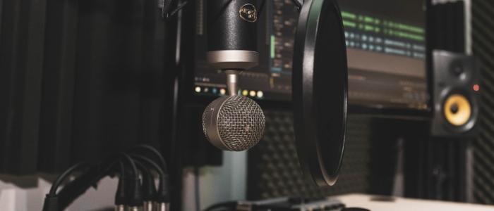 studio-4065108_1920